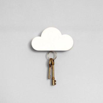 Magnetyczny wieszak na klucze w kształcie chmurki