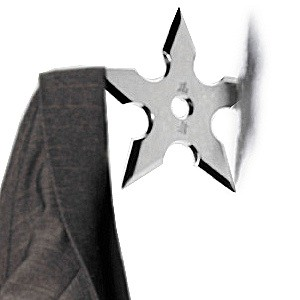 Wieszak na ubrania ninja – shuriken
