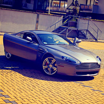 Aston Martin Vantage - Tor Poznań - 2 Okrążenia
