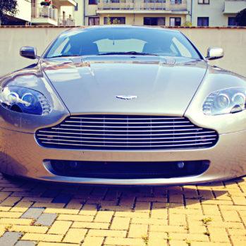 Aston Martin Vantage - Tor Poznań Karting - 4 Okrążenia